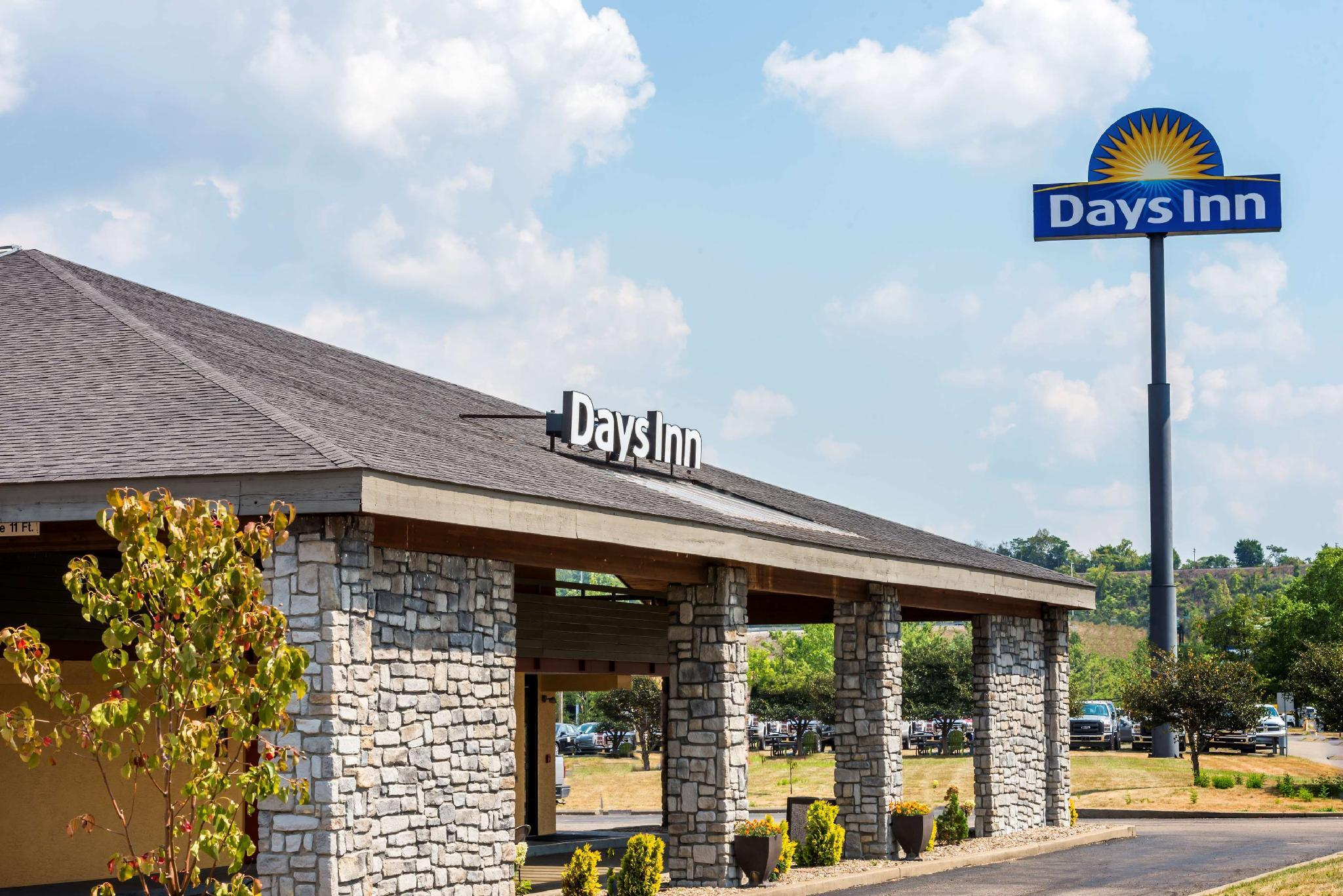 Days Inn by Wyndham Pittsburgh-Harmarville
