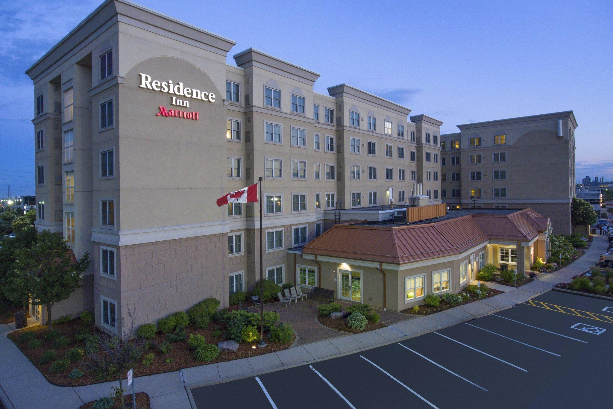 Residence Inn By Marriott Mississauga Airport Corporate Centre West