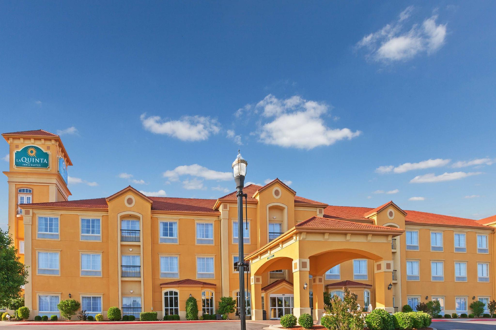La Quinta Inn And Suites By Wyndham OKC North   Quail Springs