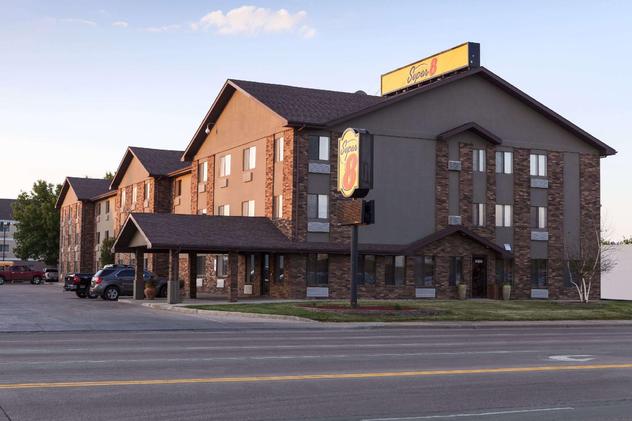 Super 8 By Wyndham Sioux Falls 41St Street