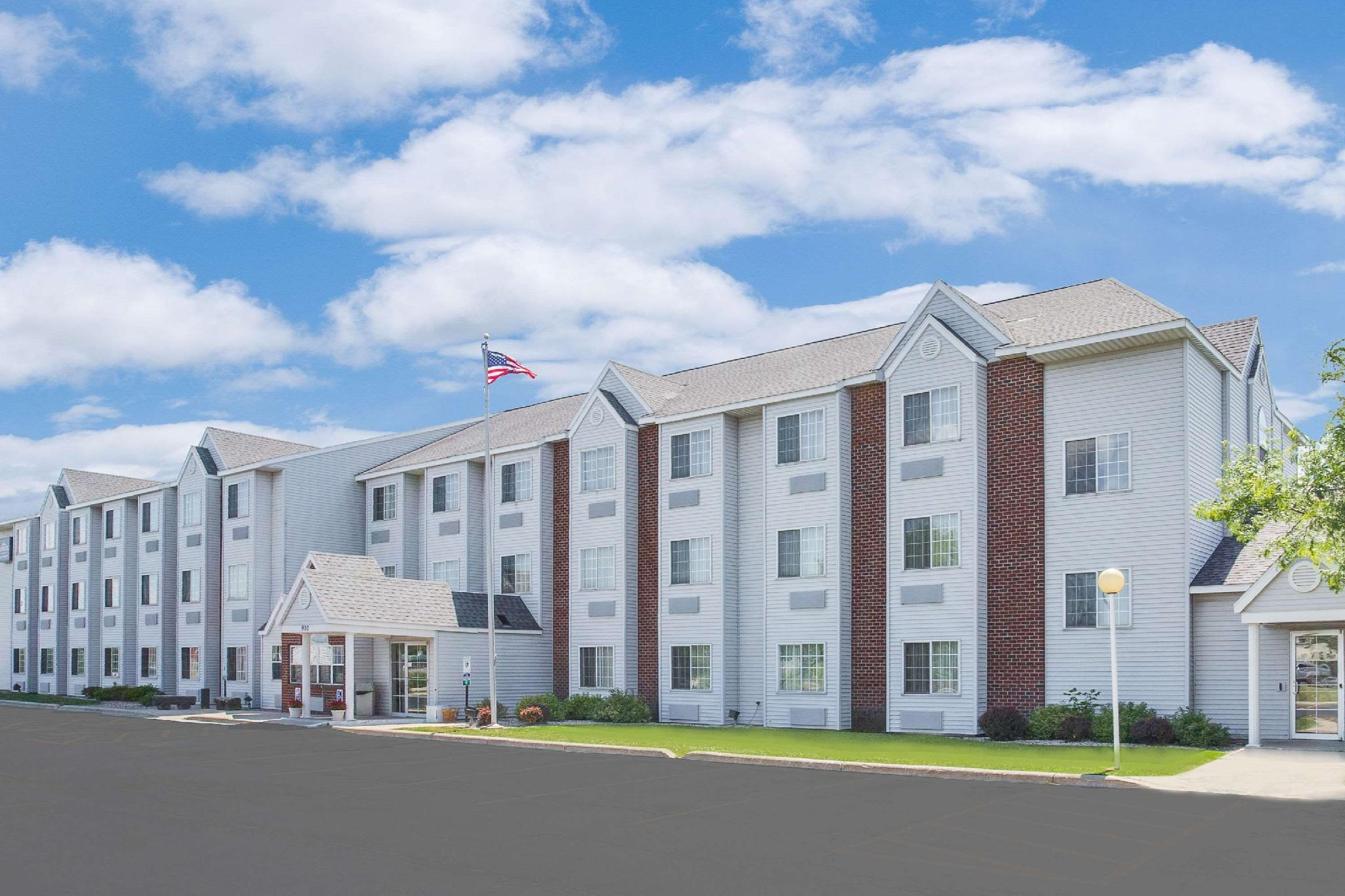 Microtel Inn And Suites By Wyndham Fond Du Lac