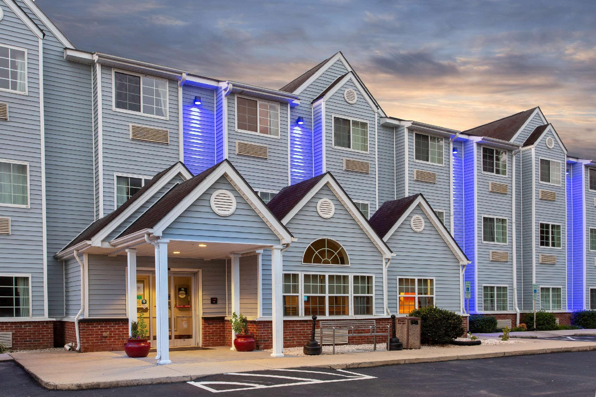 Microtel Inn And Suites By Wyndham Lillington Near Campbell U