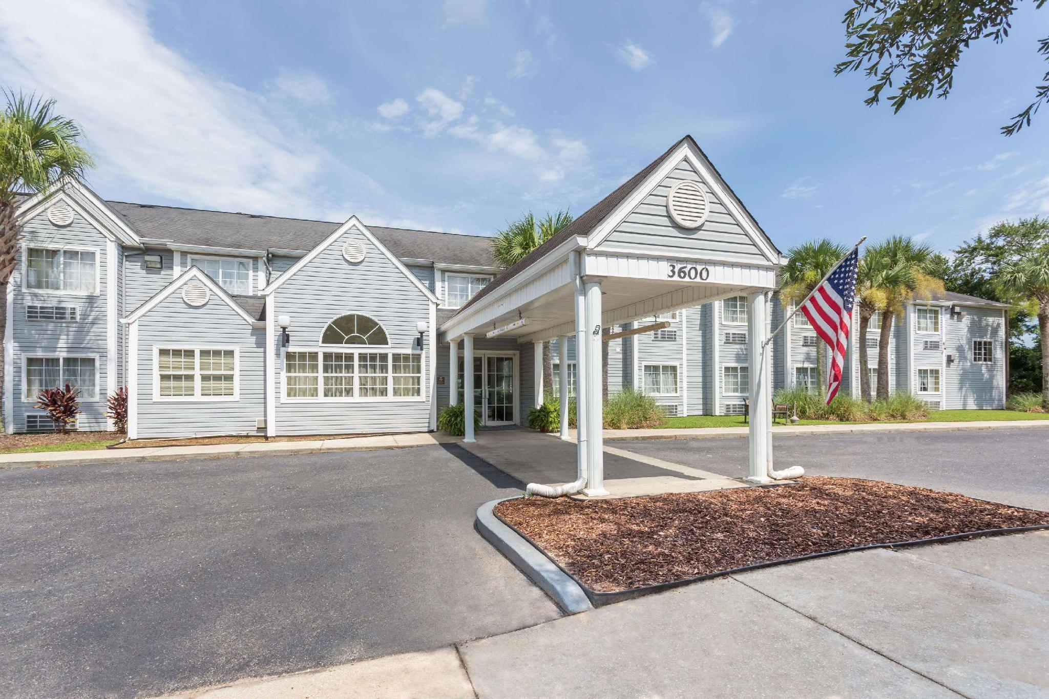 Microtel Inn And Suites By Wyndham Gulf Shores