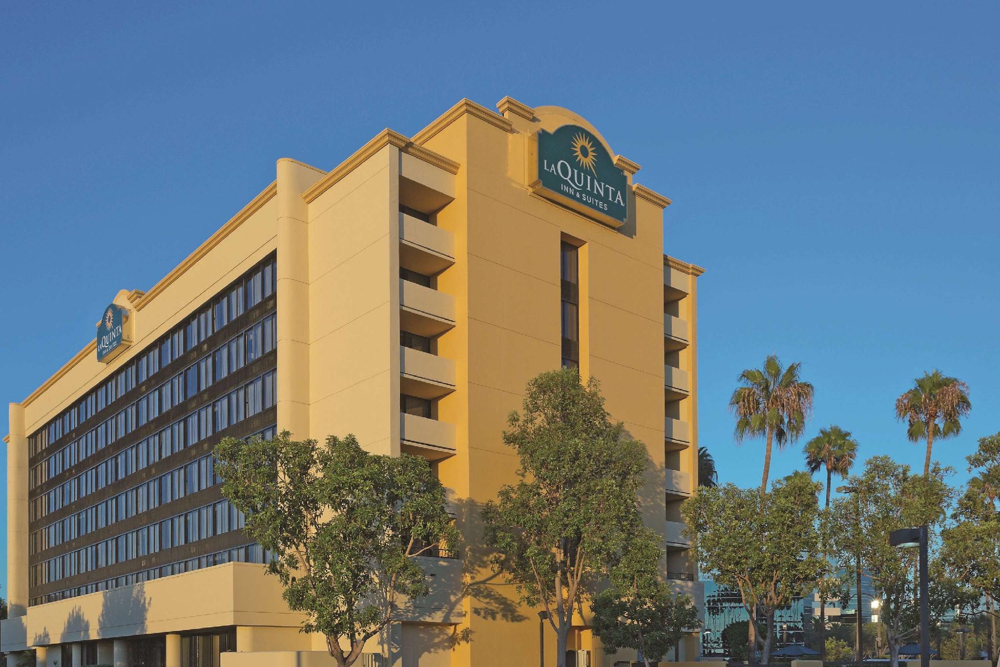 La Quinta Inn & Suites by Wyndham Buena Park