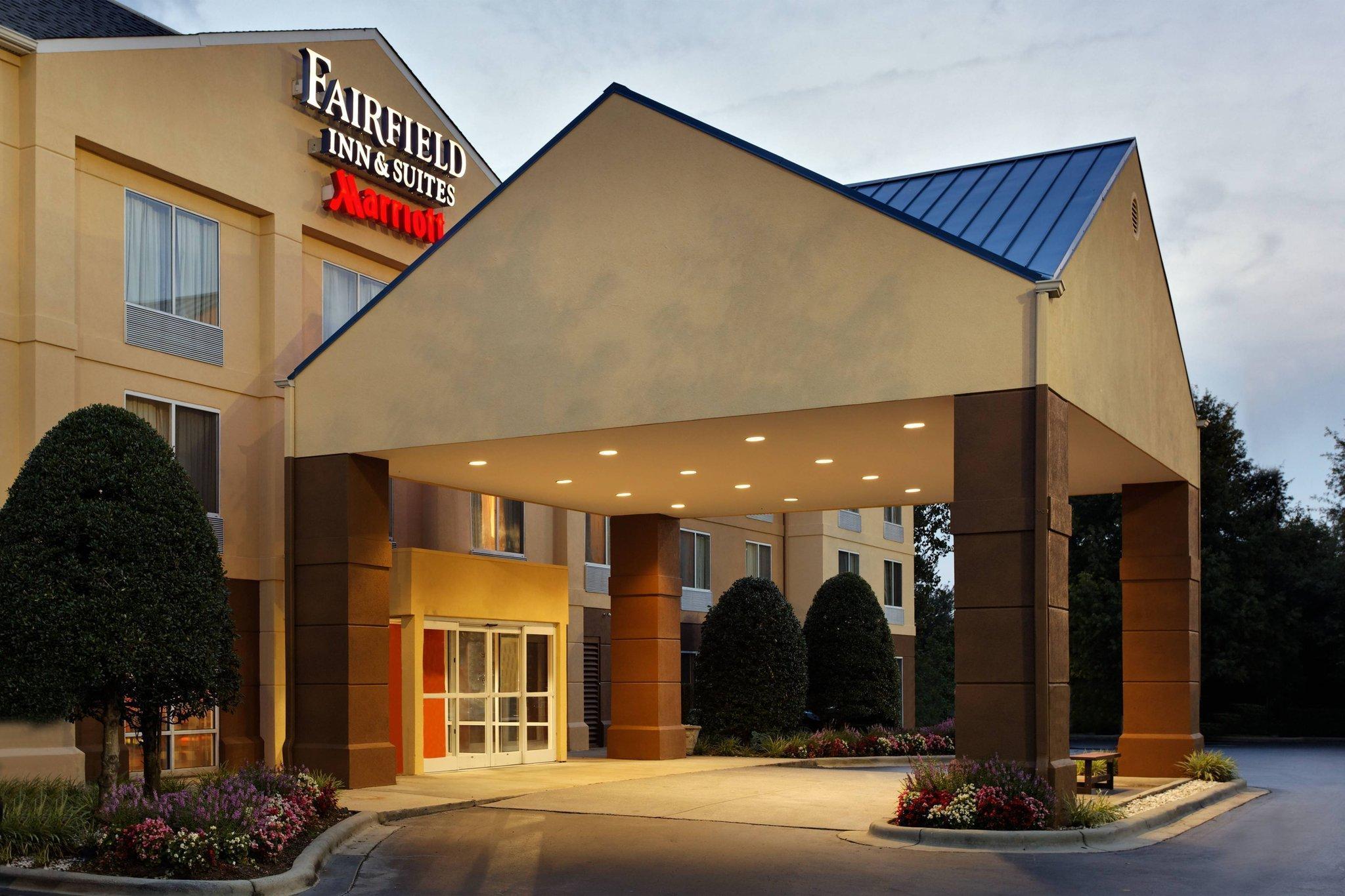 Fairfield Inn And Suites Charlotte Arrowood