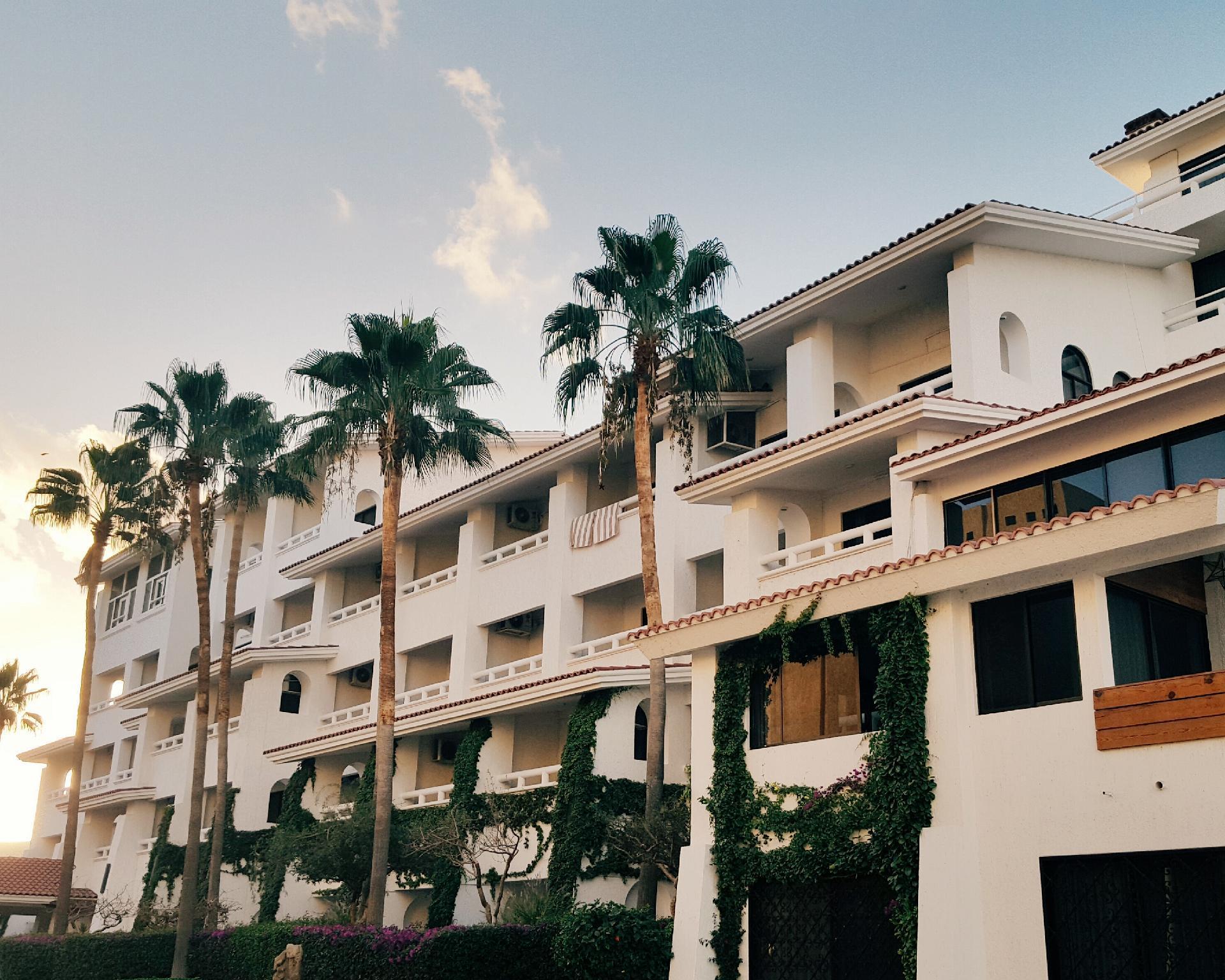 Bahia Hotel And Beach House