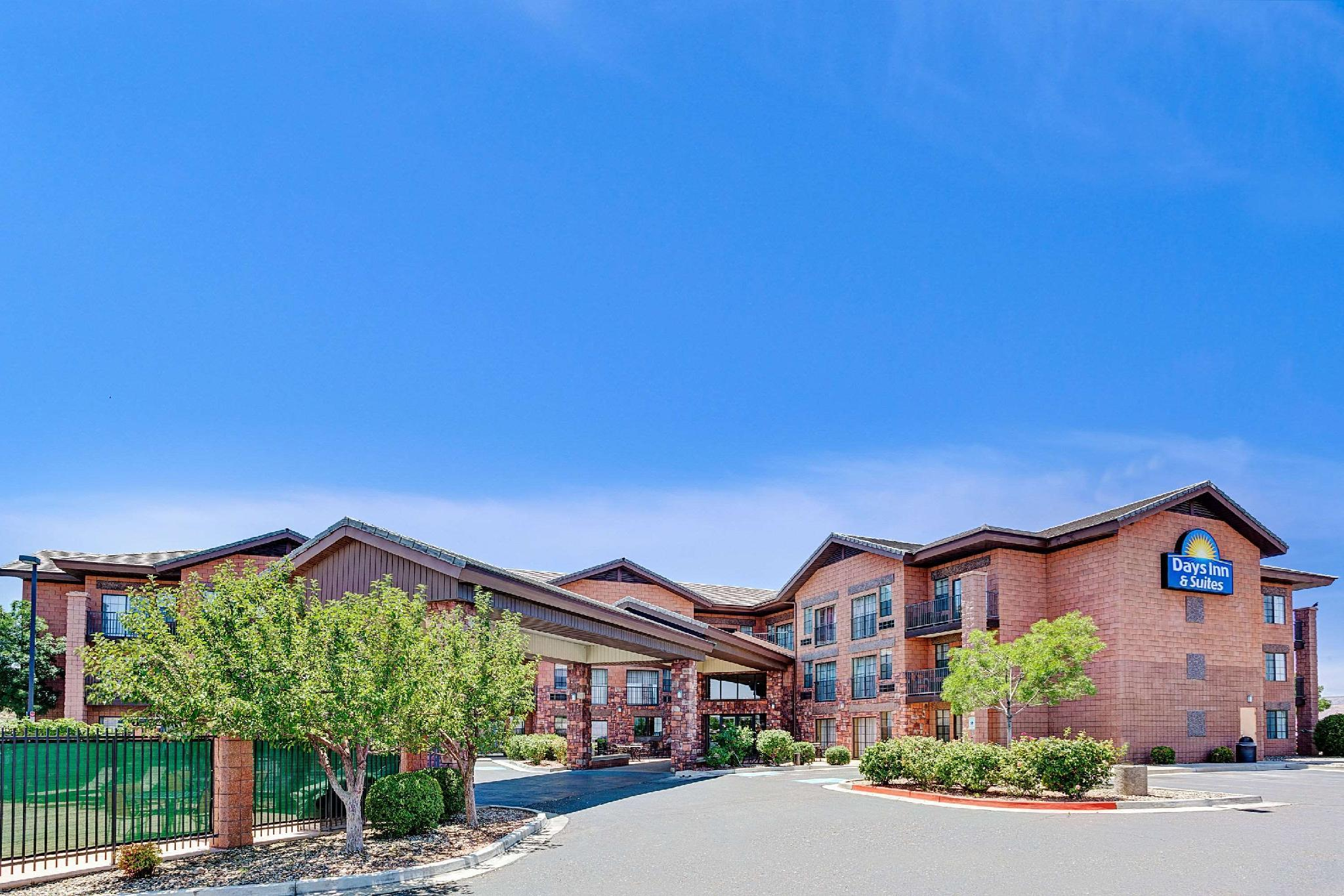 Days Inn And Suites By Wyndham Page Lake Powell