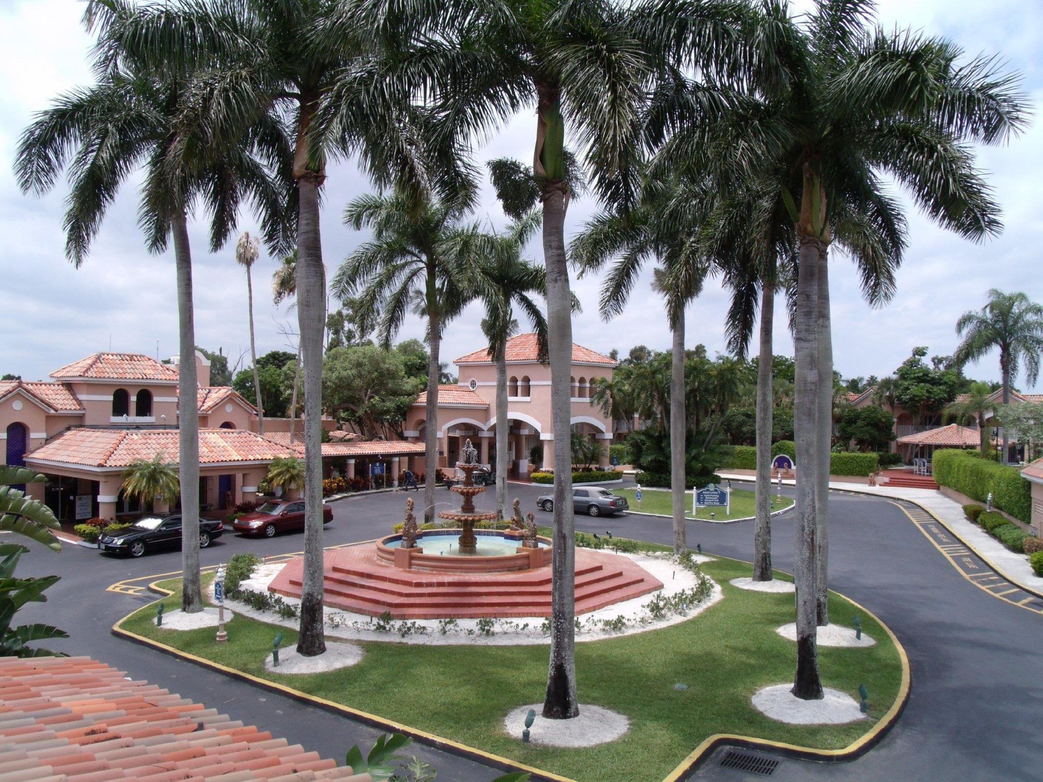 Grand Palms Spa And Golf Resort