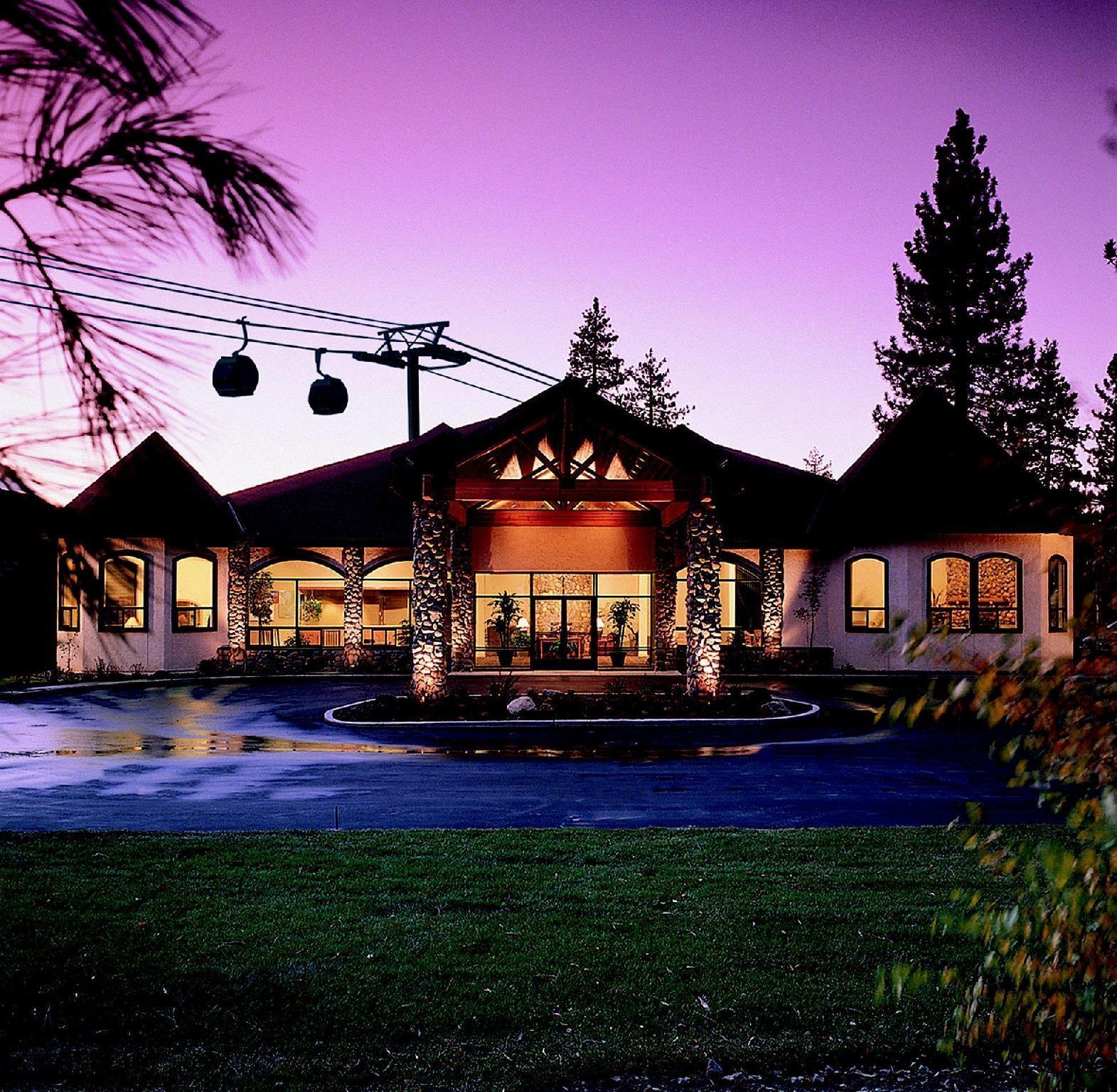 Forest Suites Resort At The Heavenly Village