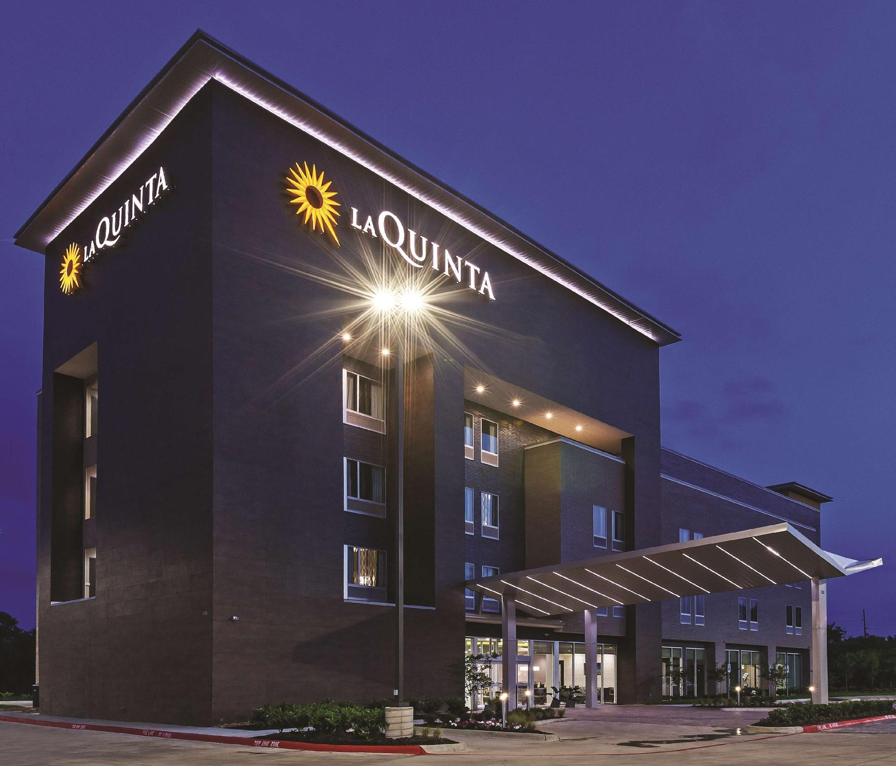 La Quinta Inn And Suites By Wyndham College Station South