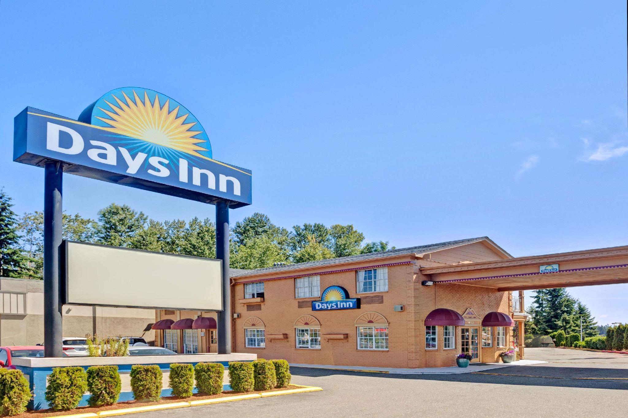 Days Inn By Wyndham Everett