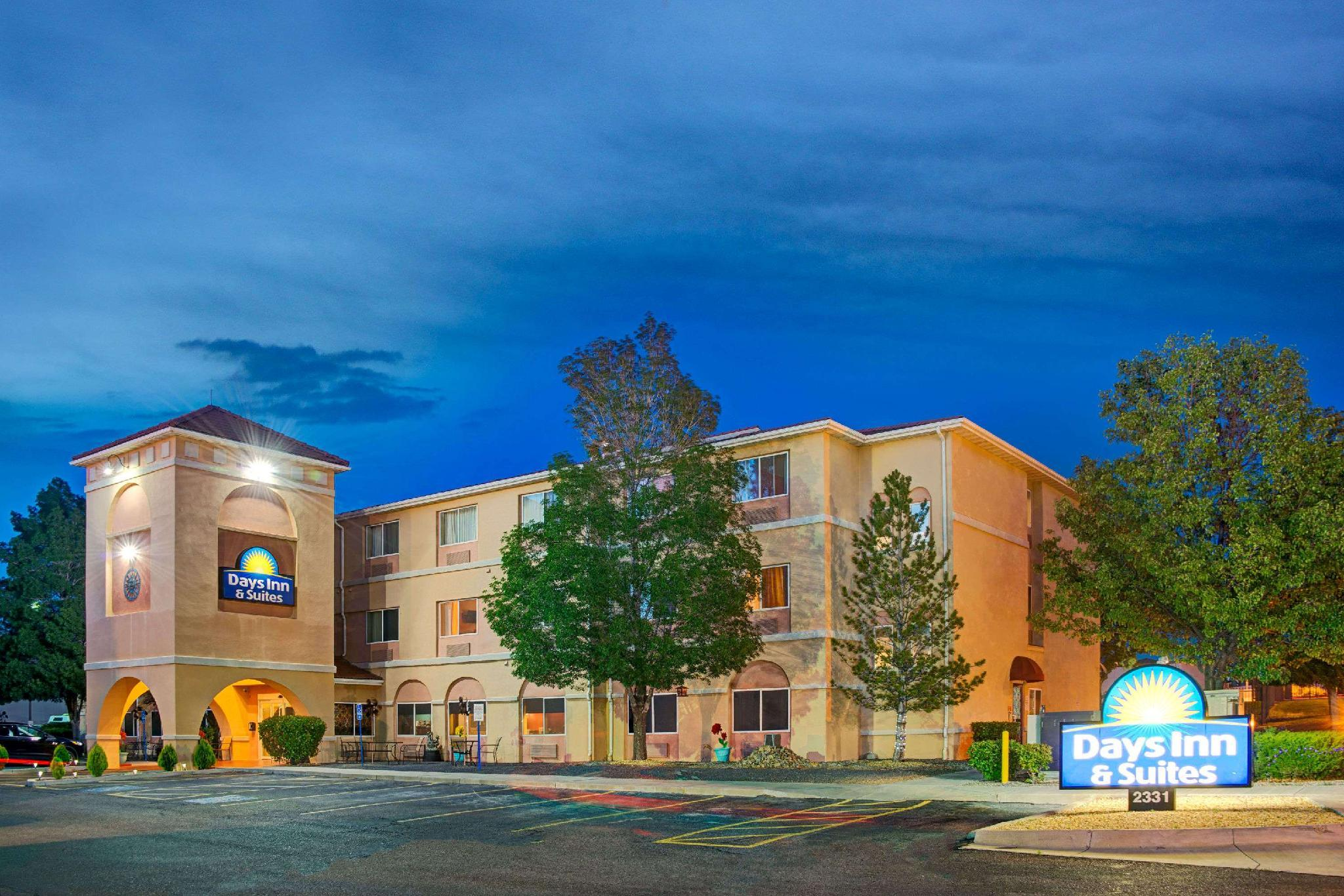 Days Inn And Suites By Wyndham Airport Albuquerque
