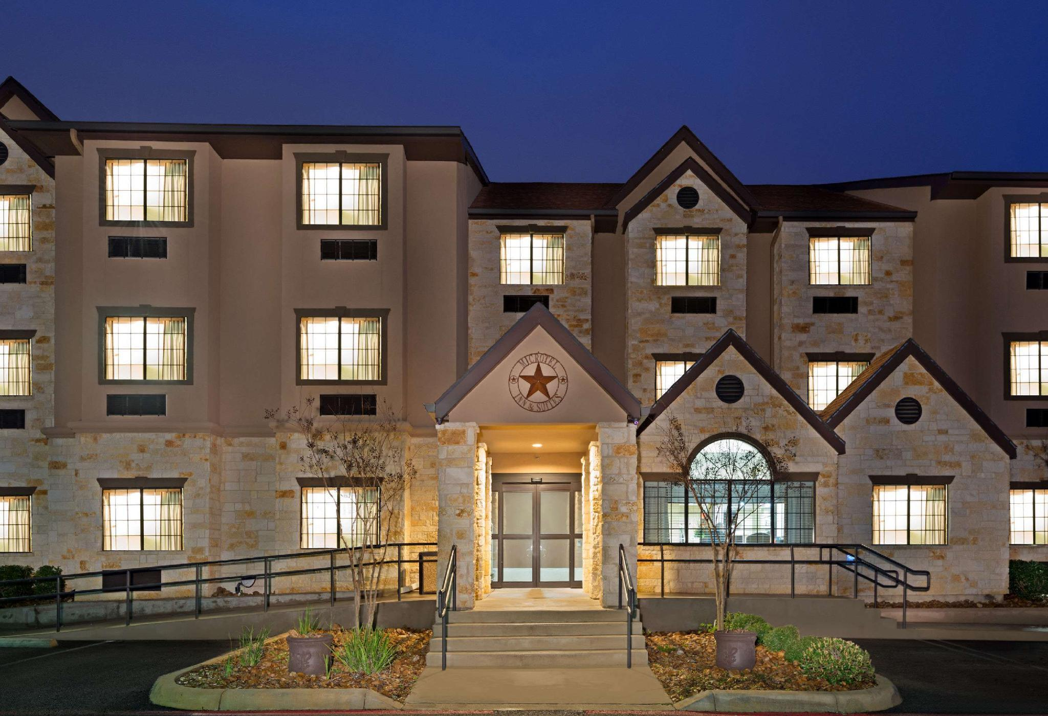 Microtel Inn And Suites By Wyndham San Antonio By SeaWorld
