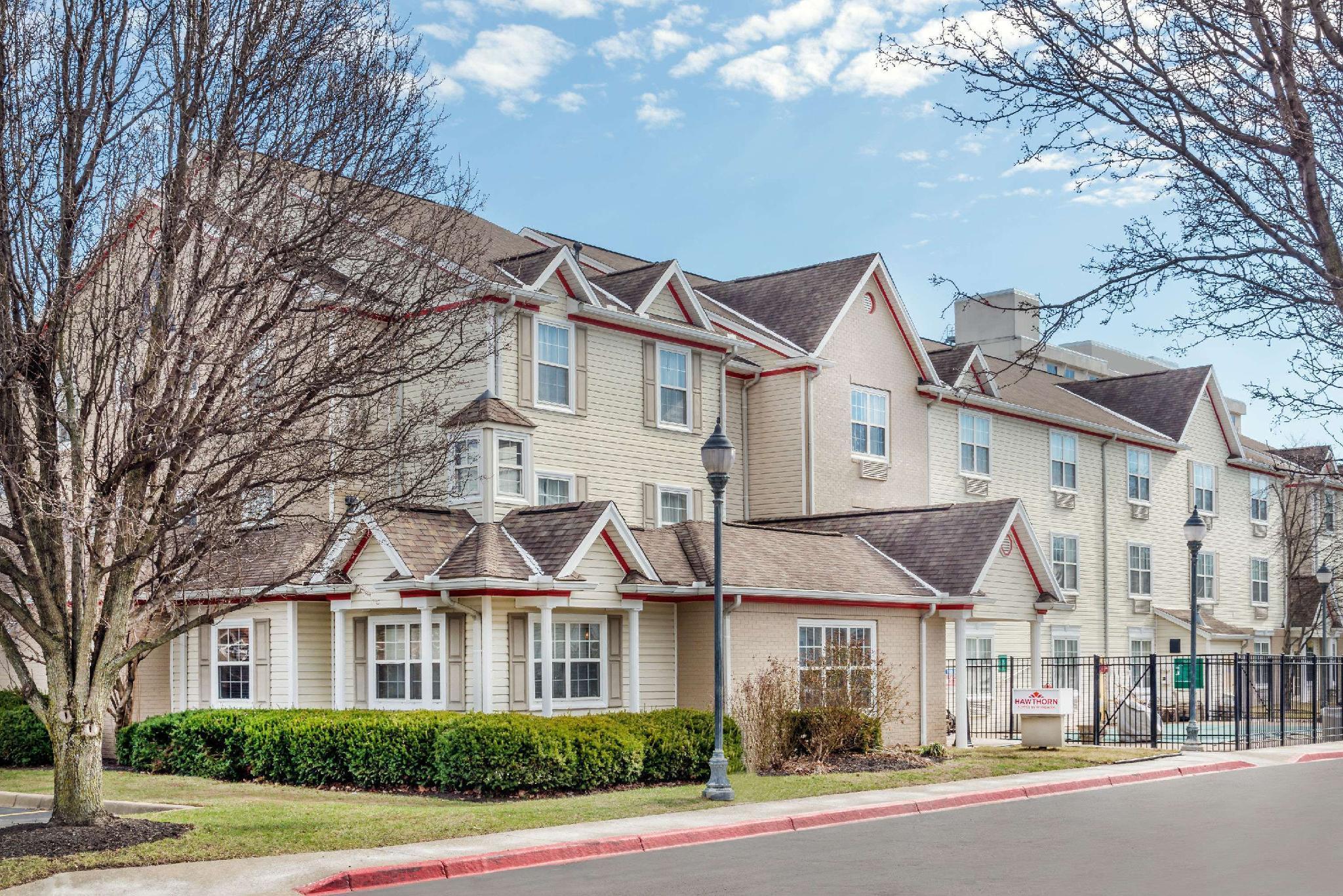 Hawthorn Suites By Wyndham Louisville North