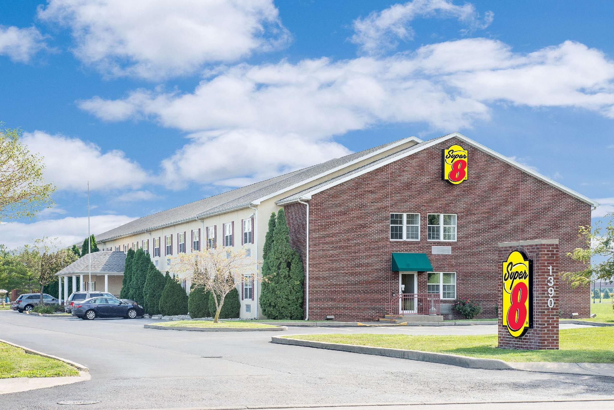Super 8 By Wyndham Maumee Perrysburg Toledo Area