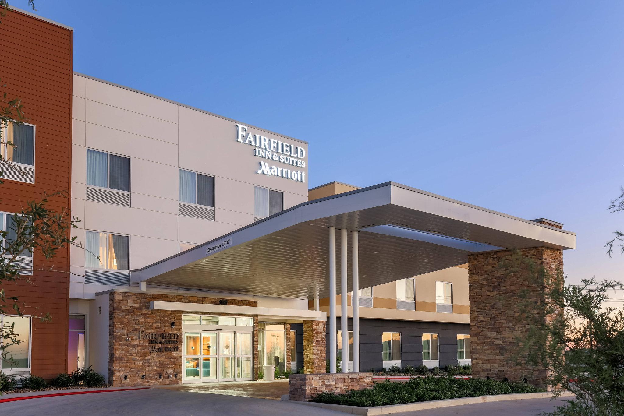 Fairfield Inn And Suites Pleasanton