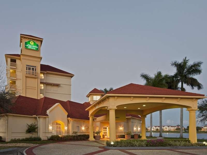 La Quinta Inn And Suites By Wyndham Ft. Lauderdale Airport