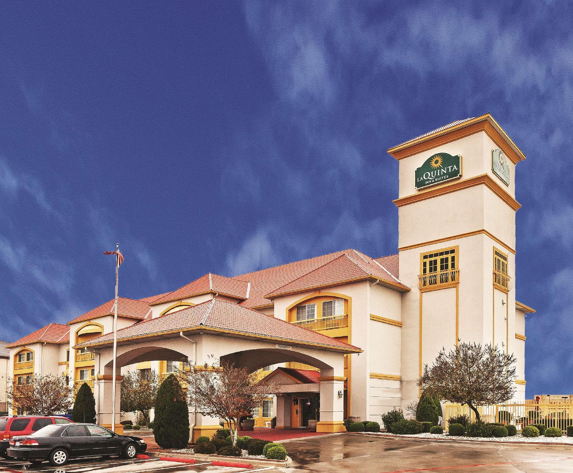 La Quinta Inn And Suites By Wyndham Weatherford