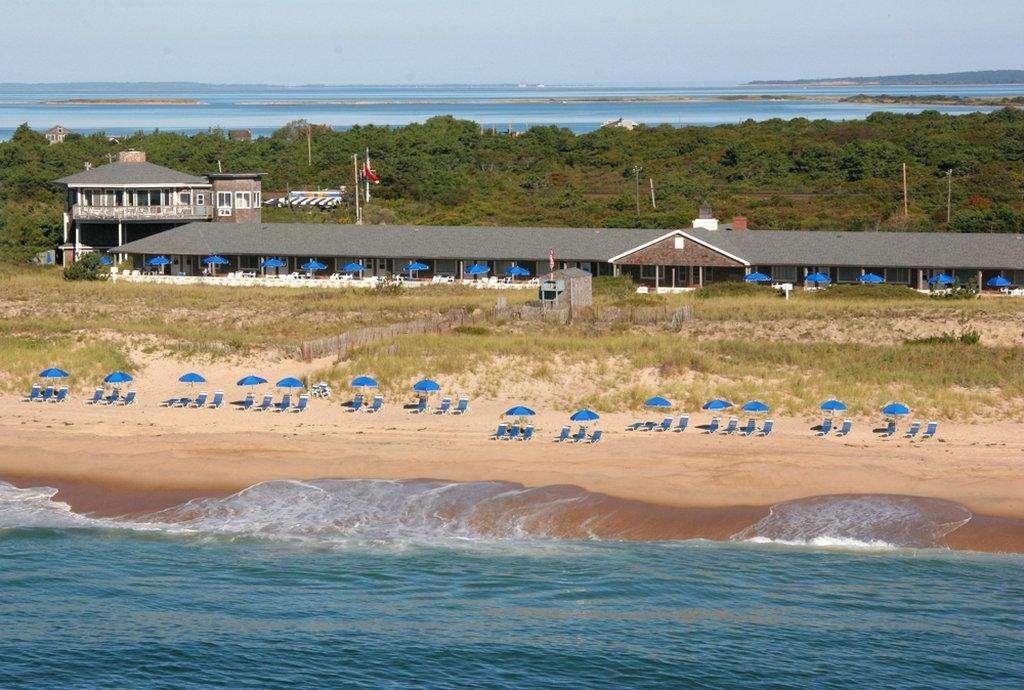 Driftwood Resort On The Ocean