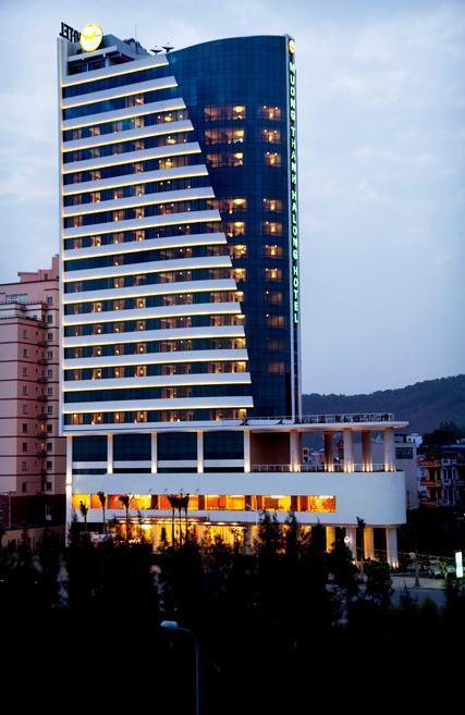 Muong Thanh Grand Ha Long Hotel