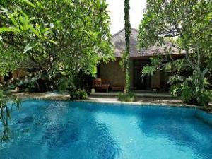 タマン スチ スイート & ビラ (Taman Suci Suite & Villas)
