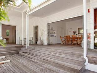 Фото отеля Byron Cove Beach House