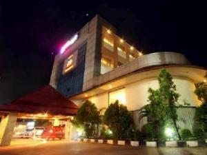 马辰国际酒店 (Hotel Banjarmasin International)
