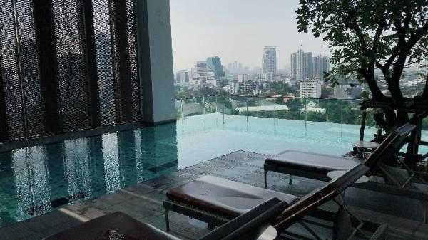 Modern, Unique Thong lor Loft in Bangkok near BTS Bangkok