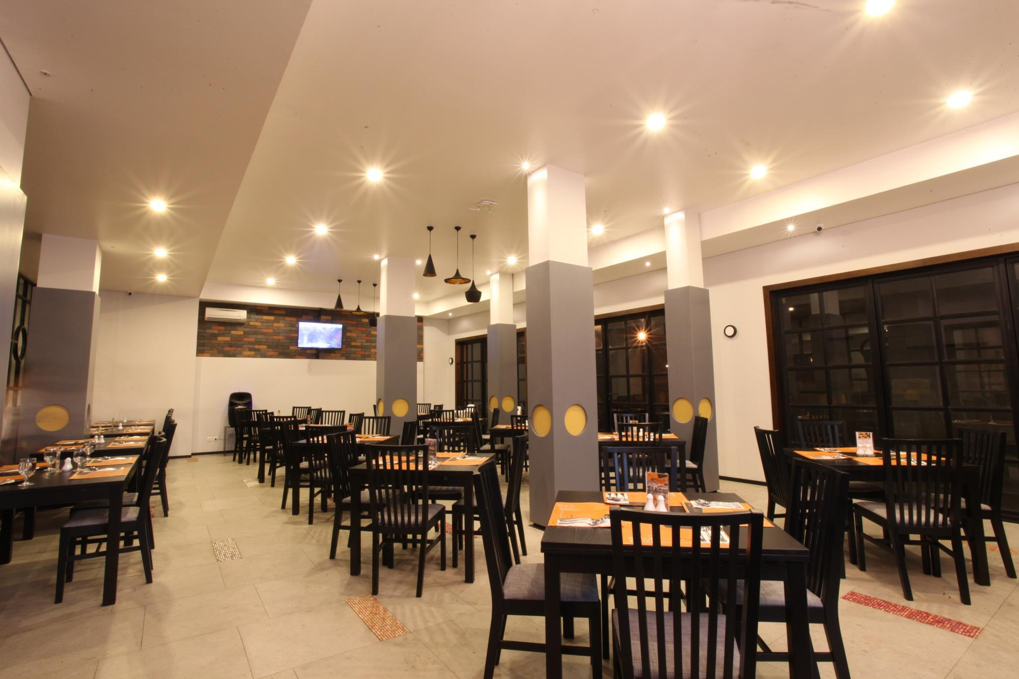 Review Helios Hotel & Convention