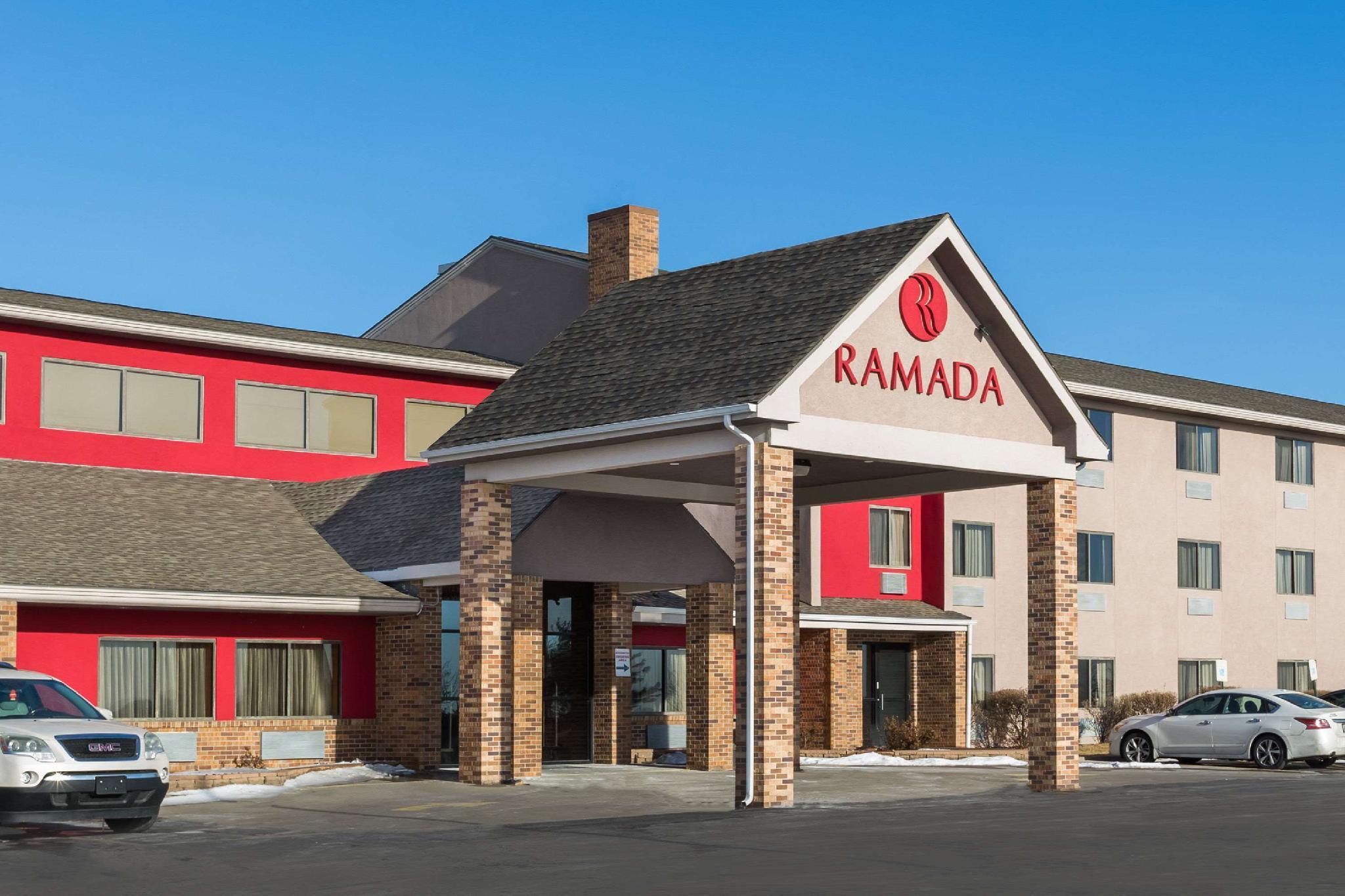 Ramada By Wyndham Platte City KCI Airport