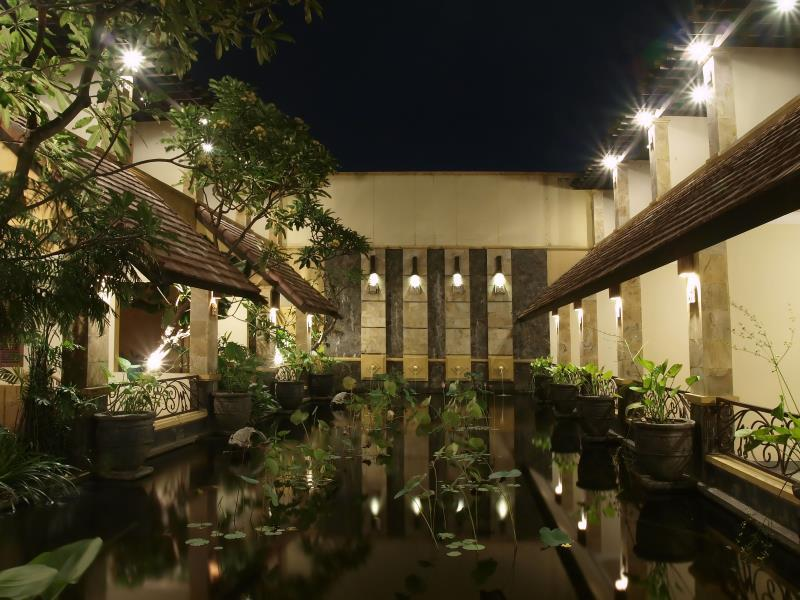 lotus garden hotel kediri in indonesia rh priceline com