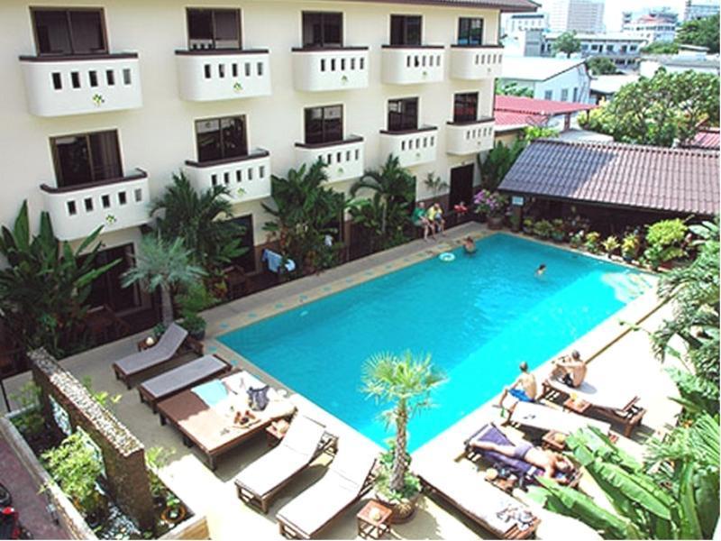 Bonkai Resort บ่อนไก่ รีสอร์ท