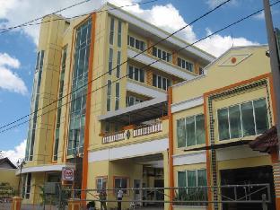 Top Star Hotel