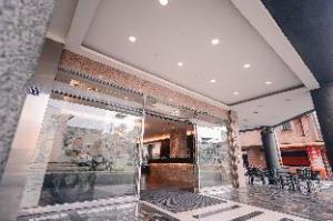 Waugh Den Business Hotel