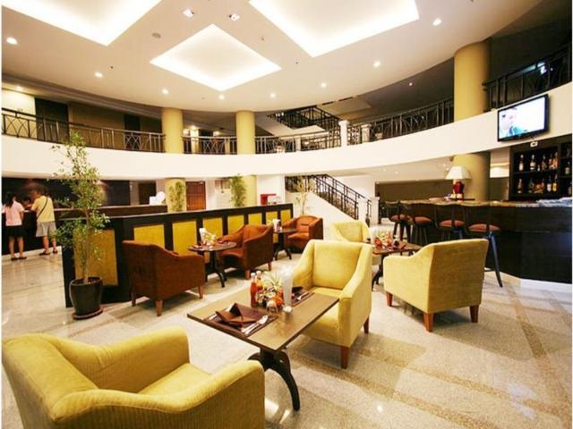 โรงแรมซัมเมอร์ สปริง – Summer Spring Hotel