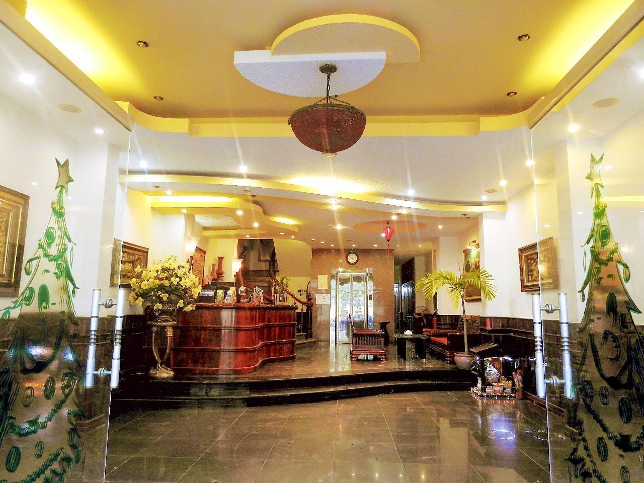 La Suisse Hotel