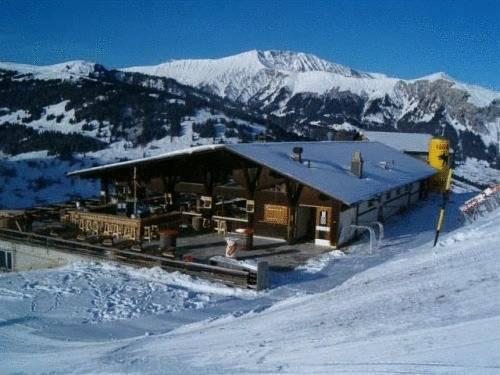 Snow Beach Lodge Metsch