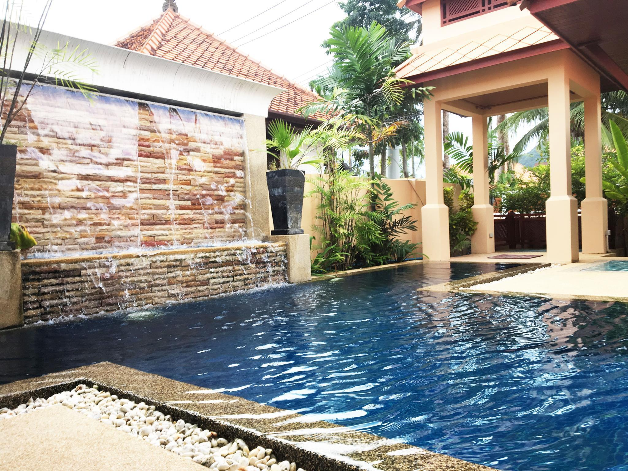 Kamala Nathong House กมลา นาทอง เฮาส์