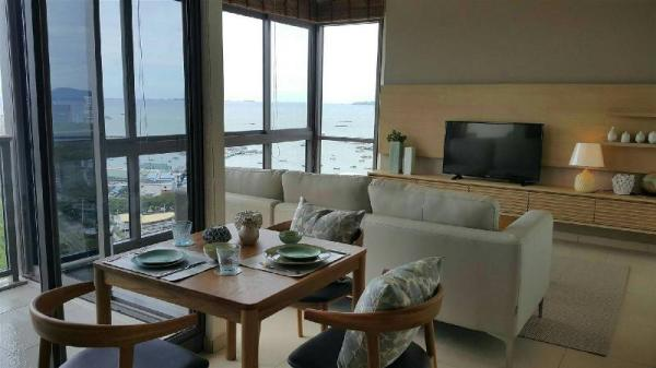 Unixx 2 Bedrooms Sea View By Tanatan Holidays Pattaya