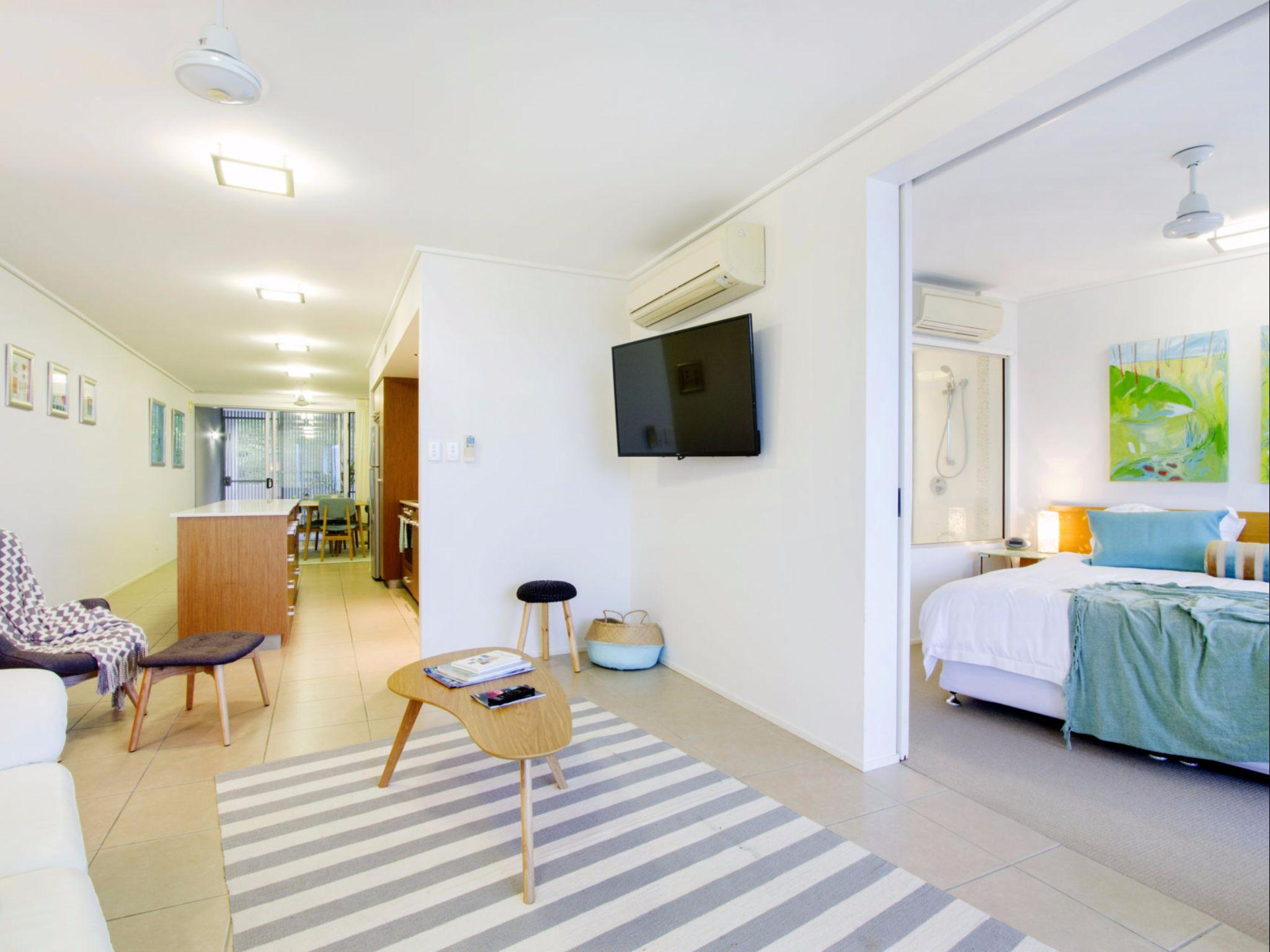 Tranquility Luxury 2 Bedroom Apartment