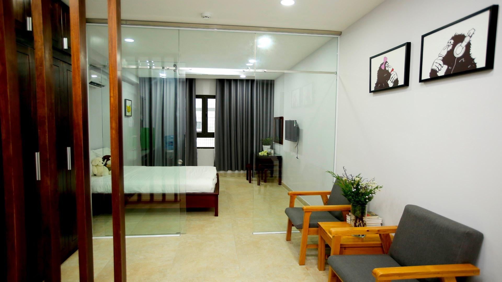 CityHouse Apartment   Spacious Apt Near Airport