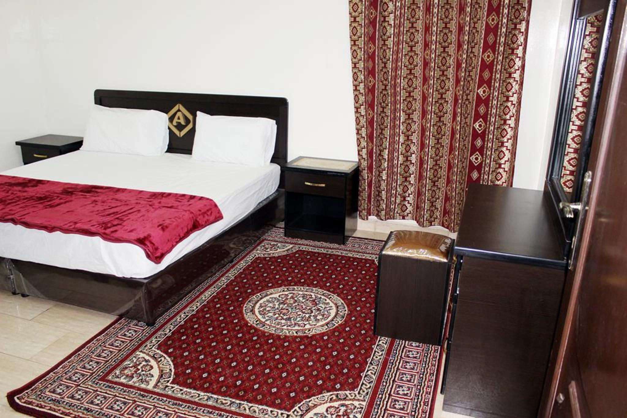 Al Eairy Apartments Hail 1