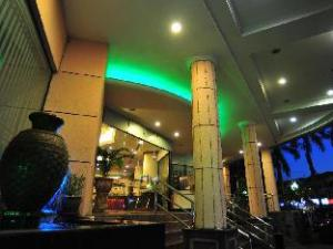 Emerald Puteri Hotel