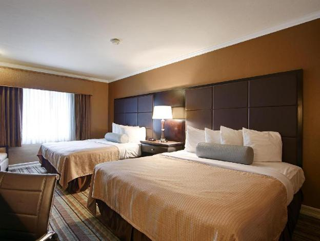Best Western Carmels Town House Lodge