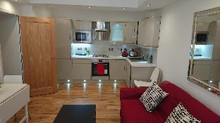 Coulsdon Place Apartments