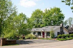 Donna's Premier Lodging Berlin (OH)