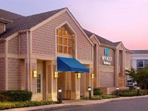 Hyatt House Bridgewater Hotel