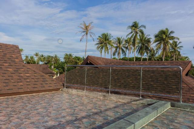 Beach Front Brand New Villa with Roof Top Patio – Beach Front Brand New Villa with Roof Top Patio