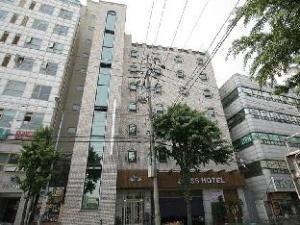 關於桑桑飯店 (SangSang Hotel)