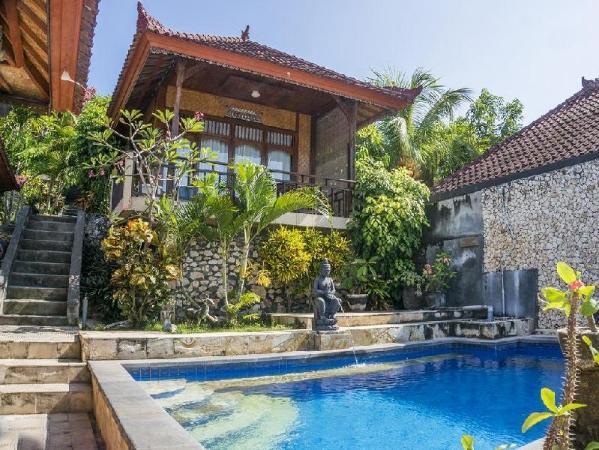 Oka 7 Bungalow Bali